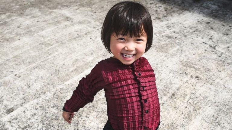 Des vêtements qui grandissent avec votre enfant